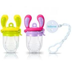 The Kidsme Food Feeder available at http://www.kidsmebaby.com/en/ and on Amazon.com. Pack these silicone pouches with chunks of fruit or ice cubes and watch your teether safely chomp to their gums delight.
